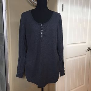 Old Navy Maternity Waffle Knit Henley size XL